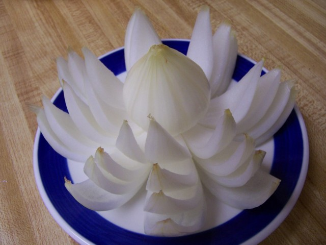 ملف رائع يحتوى على طرق تقطيع الفاكهة ارجو التثبيت 100_3012