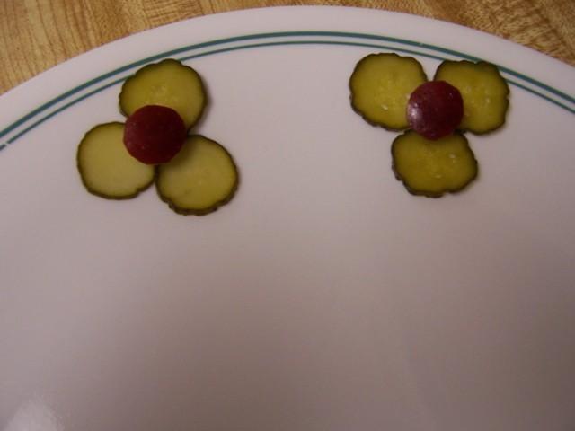 تقطيع الخضروات الفاكهه بطرق مبتكره للتزين 100_5149.jpg