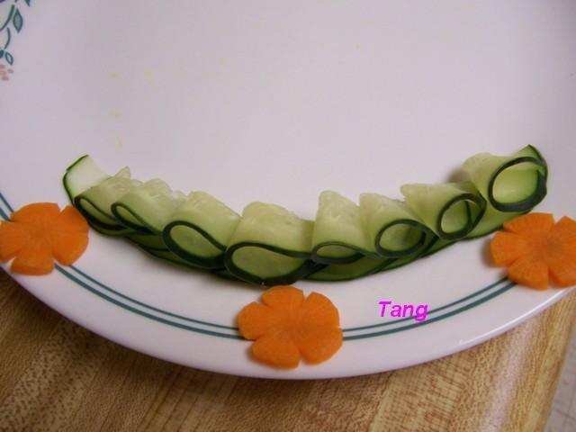 ملف رائع يحتوى على طرق تقطيع الفاكهة ارجو التثبيت 100_5297