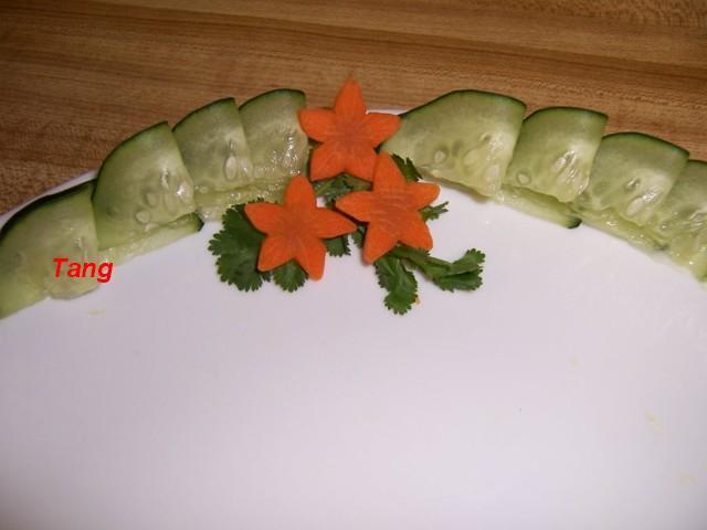 تقطيع الخضروات الفاكهه بطرق مبتكره للتزين 100_5304.jpg