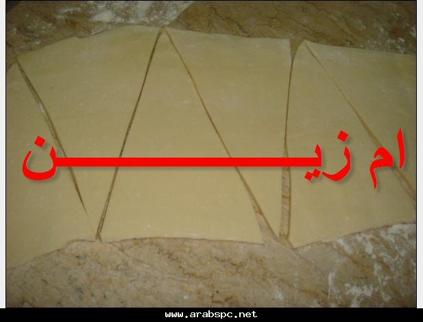 طريقة المولتووو والكرواسون بالتفصيل الممل والخطوات المصورة e1b637ddbb.jpg